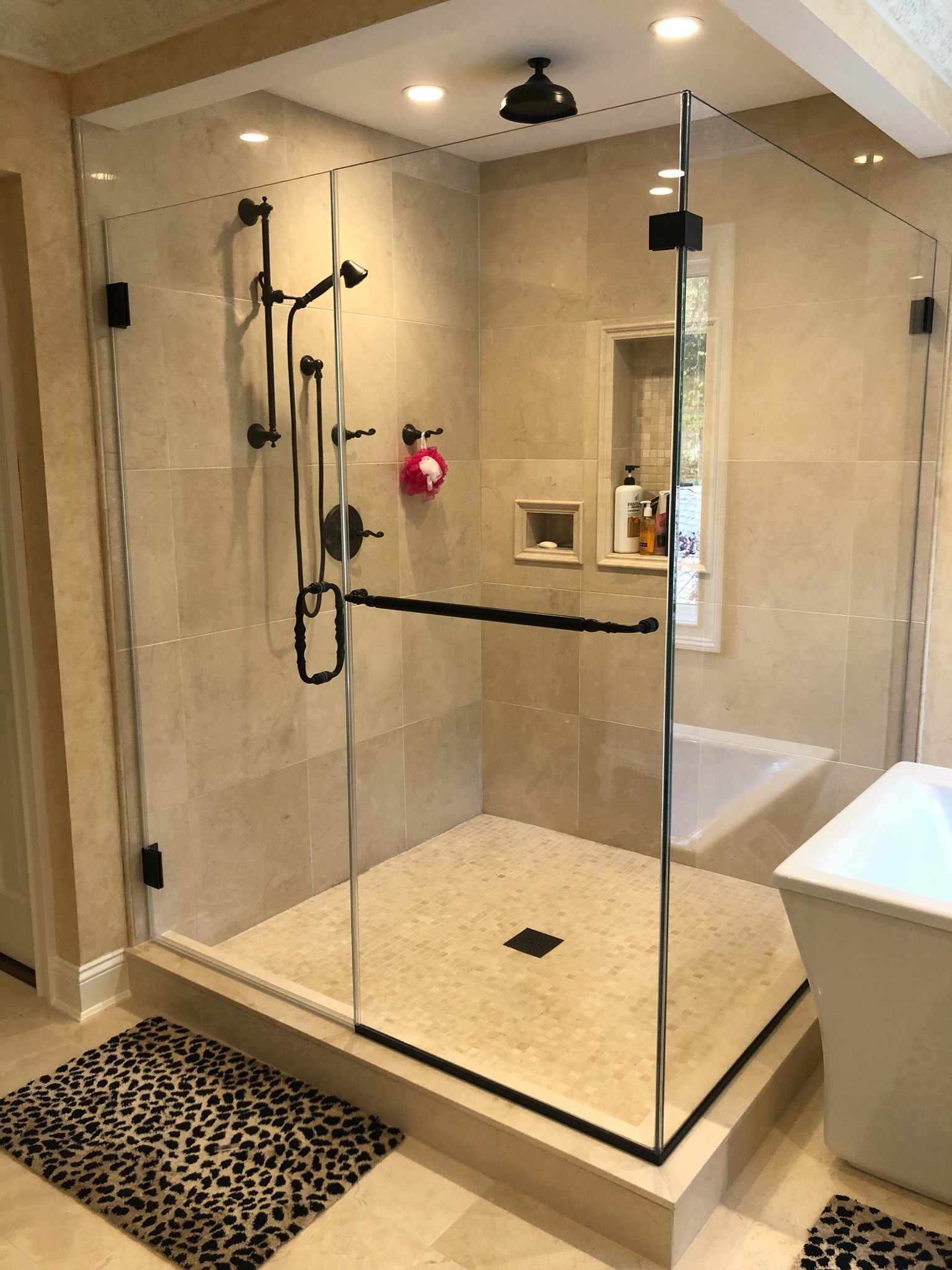 OMG Shower Doors, Custom Glass, Long Island Shower Doors | Mineola, NY